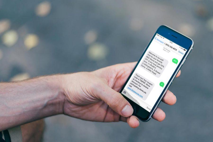 SMS sur le téléphone professionnel : l'employeur peut les lire